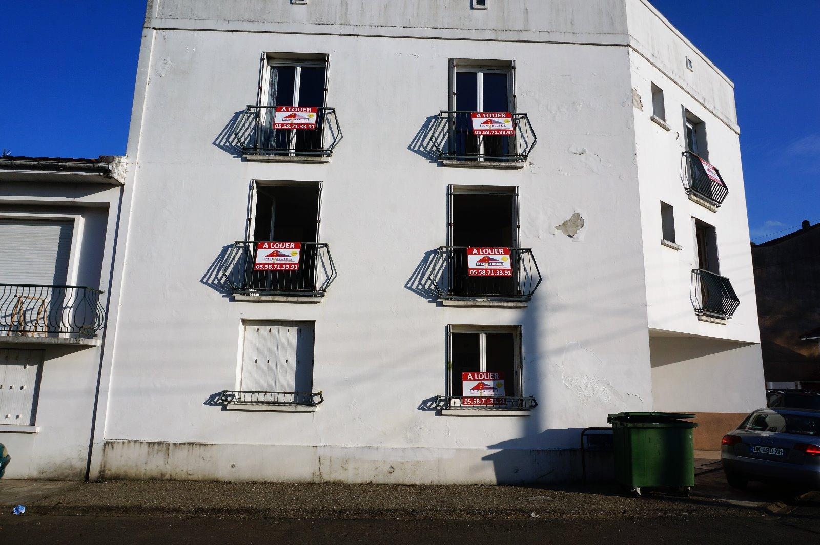 Location appartement 1 pièces aire sur l adour 40800